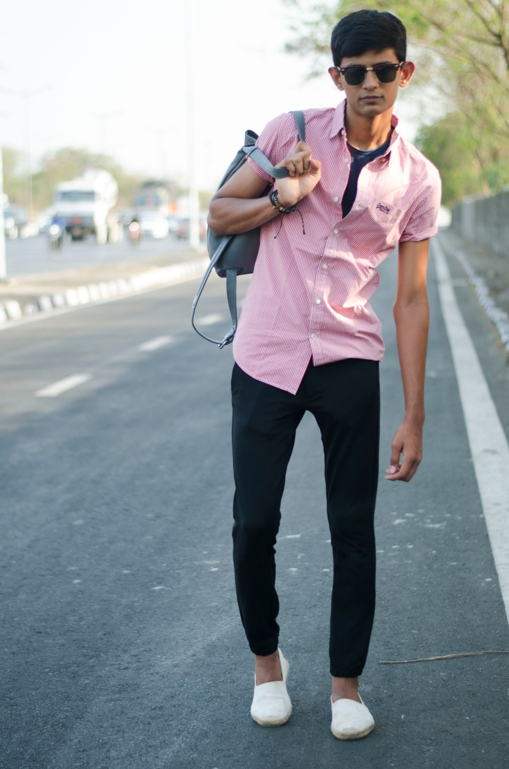 What Goes With Pink Shirt | Artee Shirt